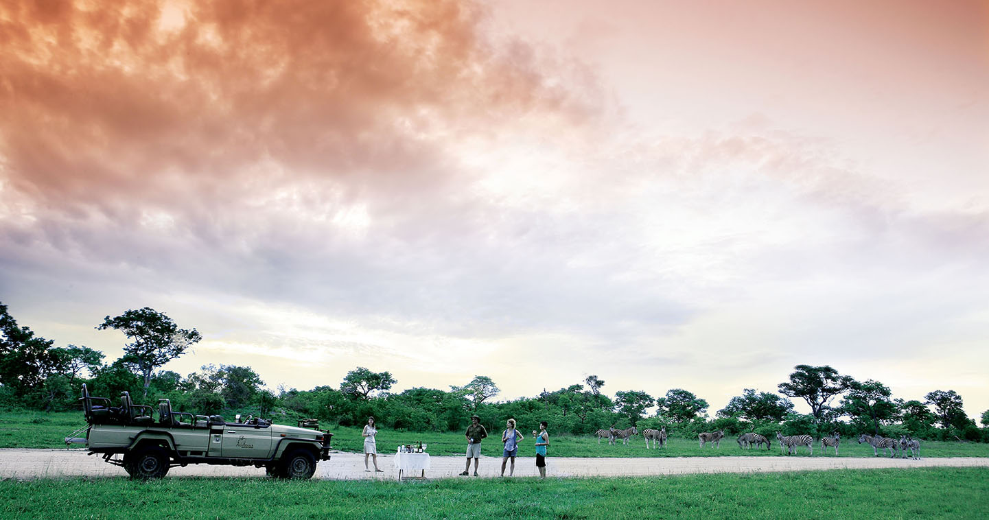 Game drive at Arathusa Safari Lodge