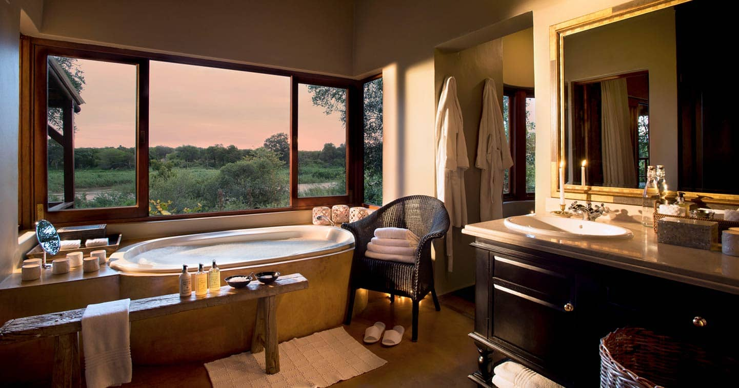 Lion Sands Tinga Lodge bathroom in Sabi Sand