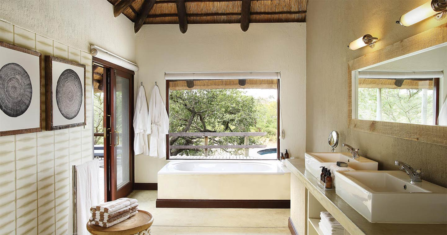 Bathroom Londolozi Founders Camp in Sabi Sands