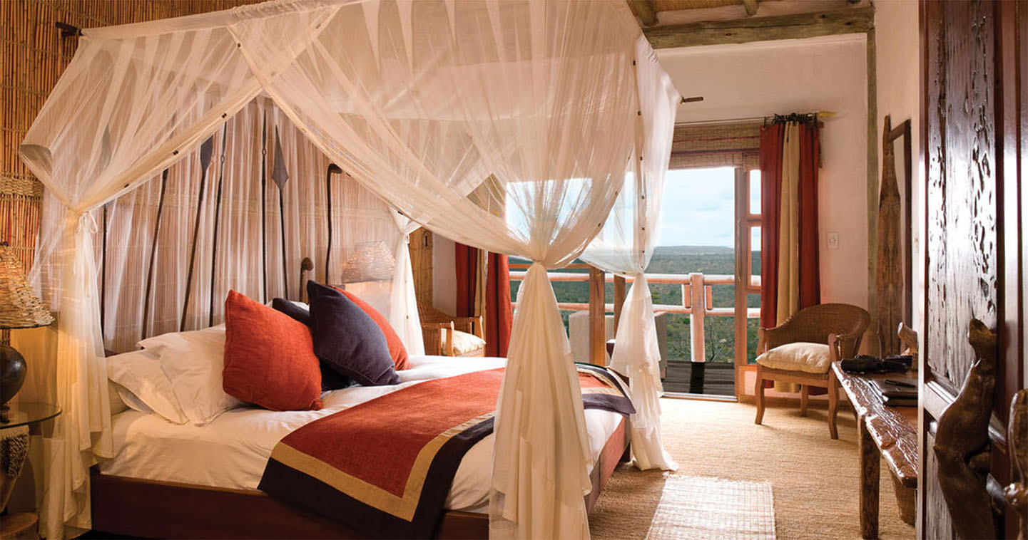 Luxury bedroom at ulusaba rock lodge