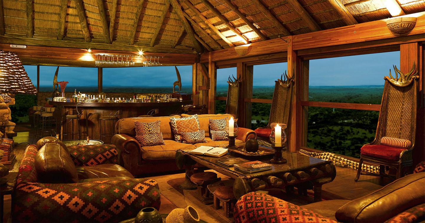 Ulusaba Rock Lodge lounge area