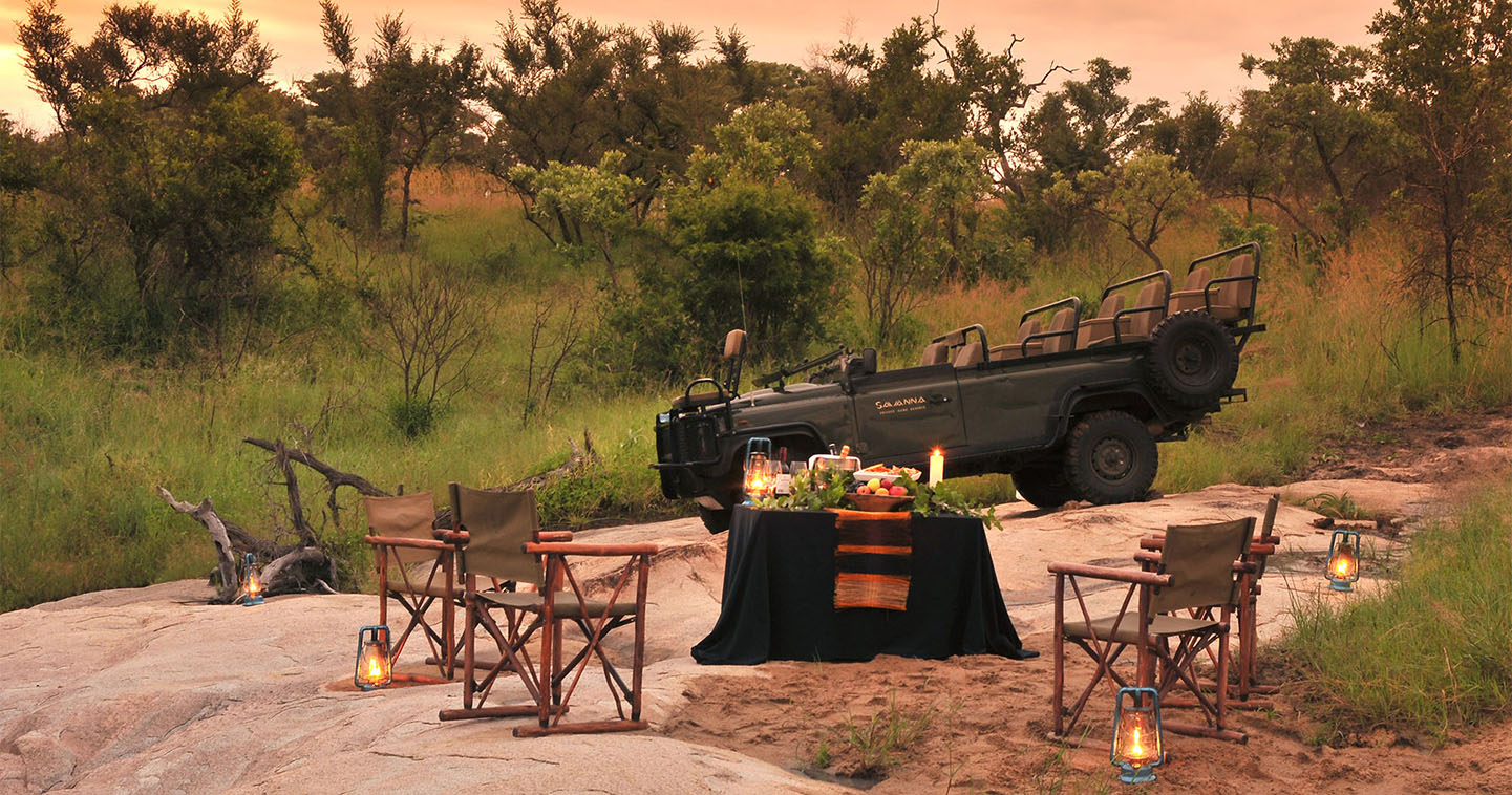 Sundowner during a Sabi Sands safari