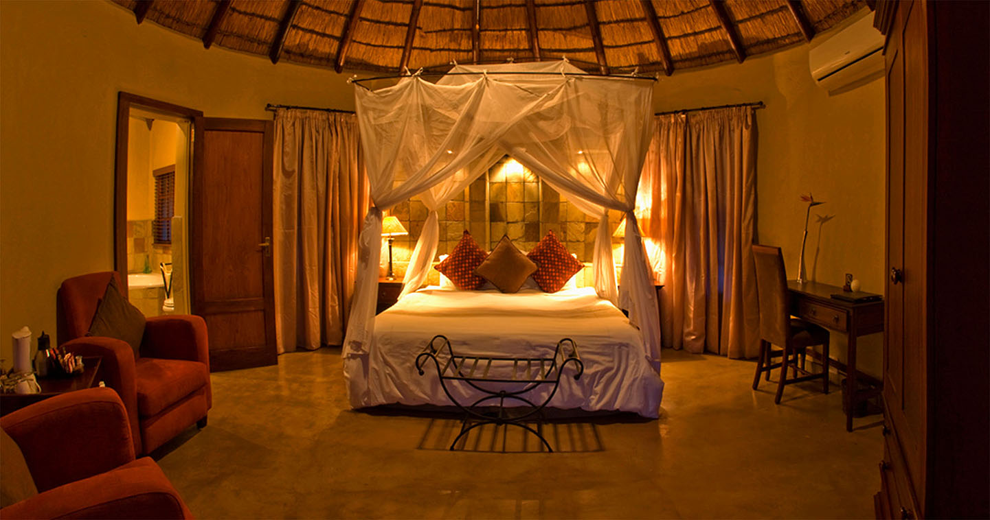 Wildlife from your own room in Sabi Sands Elephant Plains Lodge